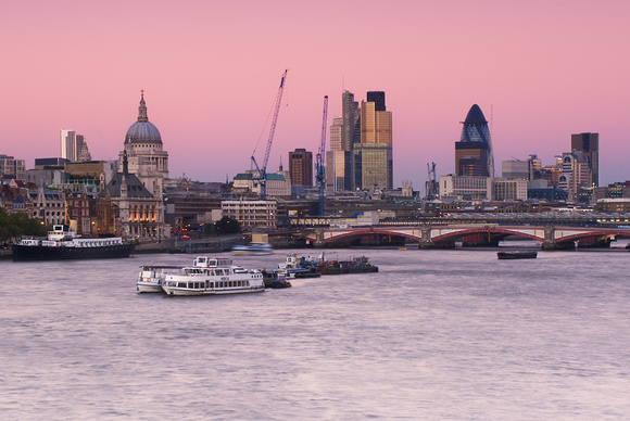 Yen Baet Photography England London I London East